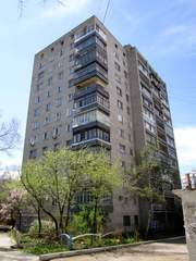 собственник продает 2 комнатную квартиру в центре