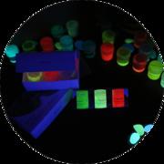 Флуоресцентная краска универсальная для творчества